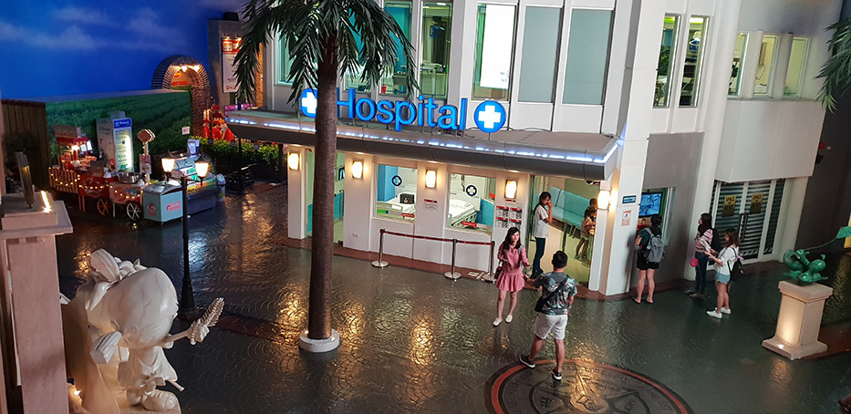 Just to make you understand, Kidzania is city for kids, where we can play working like adults. We are earning money that we can spend on other activities, and we are learning how things in big world work.